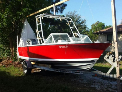 Power Boats - 2003 Bertram 20 Moppie for sale in St James City, Florida at $15,000