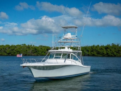 2006 Luhrs 38 Open for sale in Stuart, Florida at $199,000