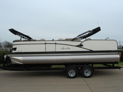 2020 Avalon Catalina Versatile Rear Bench 23' for sale in Longview, Texas