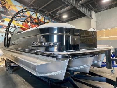 Power Boats - 2021 Avalon Catalina Platinum Elite Windshield 27' w/ 350HP Mercury Verado! for sale in Madera, California at $119,000