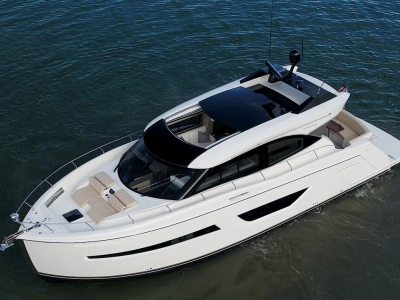 Power Boats - 2021 Carver C52 Coupe for sale in Stuart, Florida