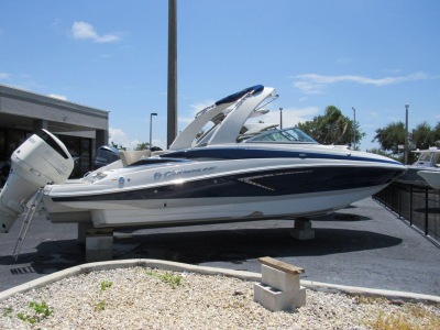 2019 Crownline E 275 XS for sale in Naples, Florida