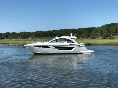 Power Boats - 2021 Cruisers Yachts 50 Cantius for sale in Port Washington, New York