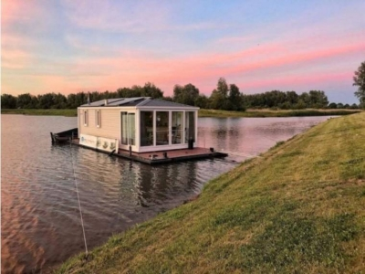 Power Boats - 2016 Euro Offshoreservices Euro Offshoreservices Aquahome Houseboat STE for sale in Werkendam, Netherlands at $169,921