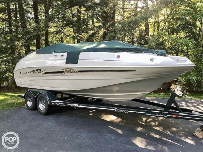 1999 Mariah Jubilee 214 for sale in Spofford, New Hampshire at $27,800