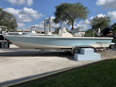 2021 Pathfinder 2400 TRS for sale in Tampa, Florida