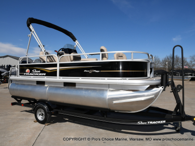 Power Boats - 2020 Sun Tracker Bass Buggy 16 XL for sale in Warsaw, Missouri at $16,995