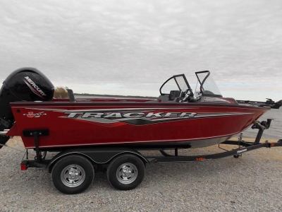 Power Boats - 2020 Sun Tracker Targa V-18 Combo for sale in Bernice, Oklahoma at $36,540