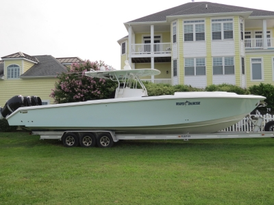 Power Boats - 2008 Venture  39 Cuddy for sale in Ocean City, Maryland at $199,900